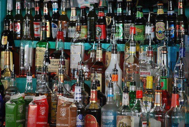 Ograniczenia wiekowe dotyczące alkoholu