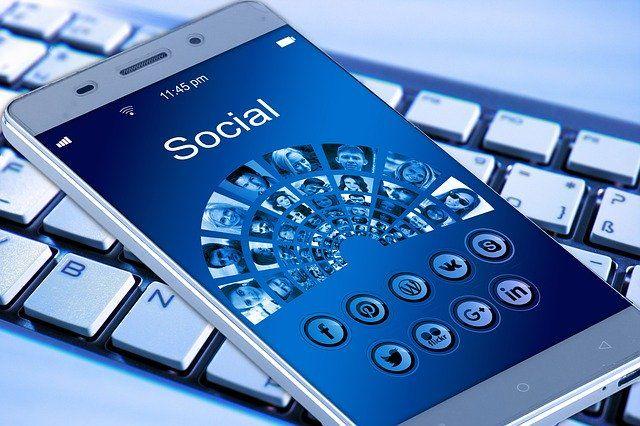 internet-facebook