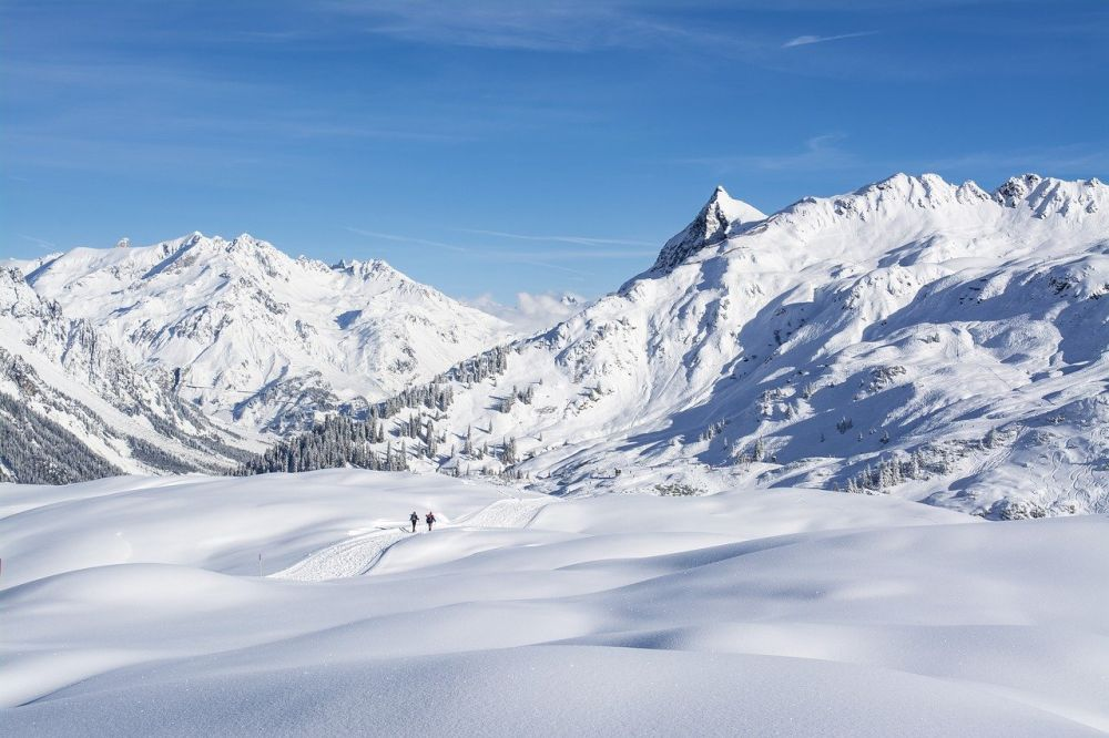 zimowe wyprawy górskie grafika