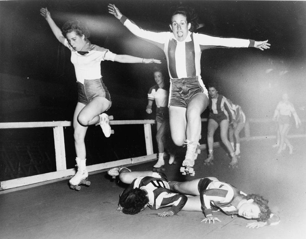 derby na wrotkach historyczne zdjęcie