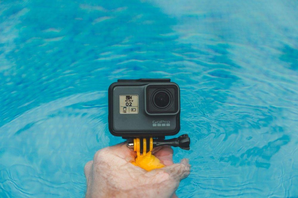 Akcesoria do GoPro – jakie wyposażenie sprawdzi się podczas nurkowania?