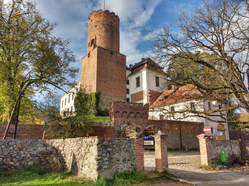 Zamek w Lagowie