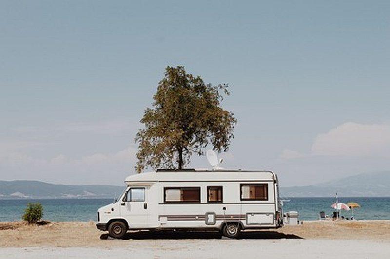 Gdzie na wakacje wybrać się camperem?