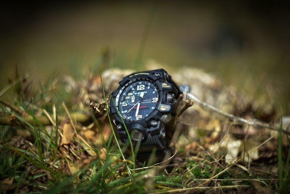 Jaki zegarek dla podróżnika wybrać?