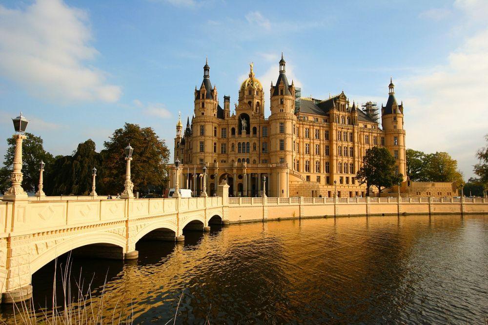 Zamek w Schwerinie grafika