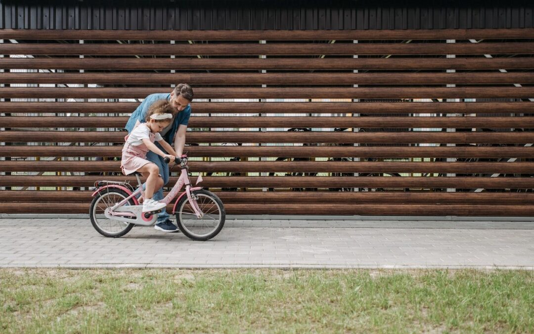 Jakie czynniki trzeba uwzględnić podczas wyboru roweru kross dla dziecka?