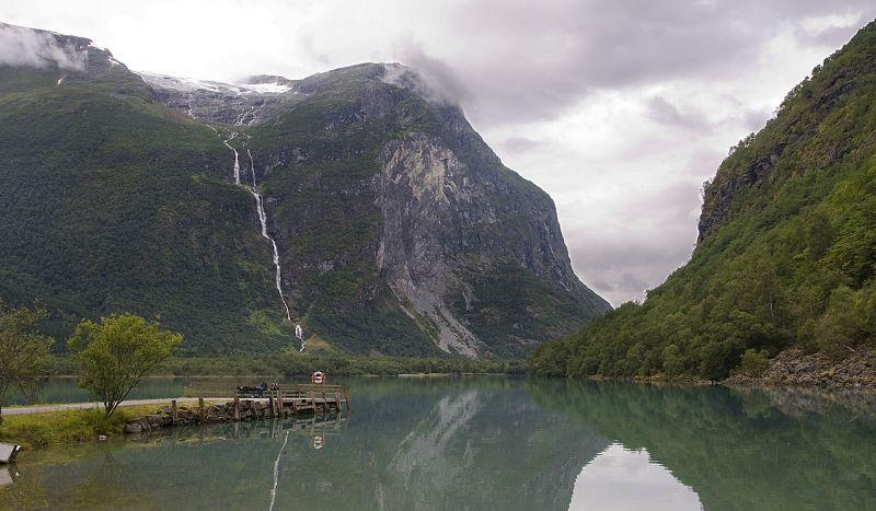 Wodospad Ramnefjellsfossen grafika